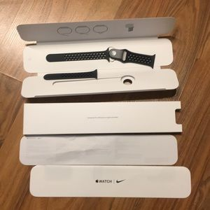 BRAND NEW 38mm Apple Nike band with packaging